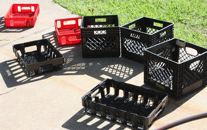 how to spray paint plastic plastic crate revamp. Black Bedroom Furniture Sets. Home Design Ideas