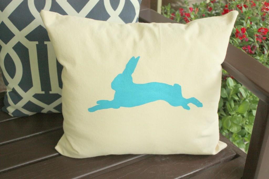 Bunny Pillow, Screen print pillow, DIY Screen Print, Screen Print