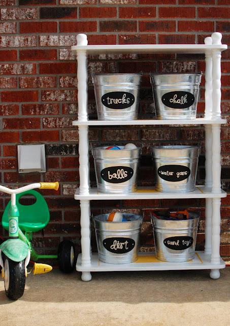 Organization-Ideas- Storage- Buckets- Toys
