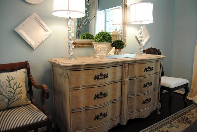 Furniture Revamp- Entry Way- Amanda Carol