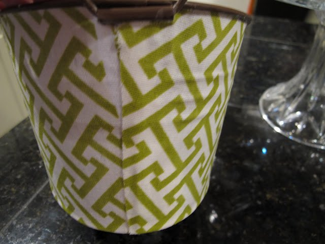 Instructions- Craft- DIY- Decoupage- How to Decoupage