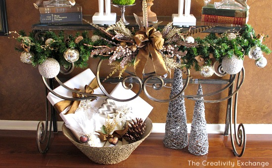 Garland on Entry Way Table {The Creativity Exchange}