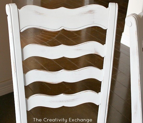 How to Create a Hand Painted Finish with Spray Paint {The Creativity Exchange}