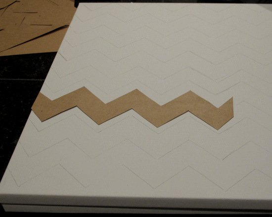 DIY Chevron Canvas Art With Free Printable Stencil