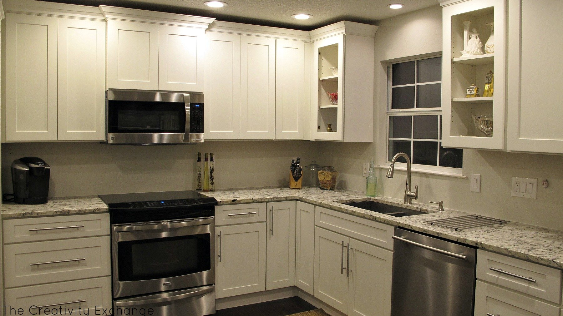 Cousin frank 39 s amazing kitchen remodel before after for Pictures for kitchen