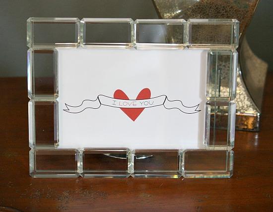 Free printable (set of 4) 5 x 7 Love Prints