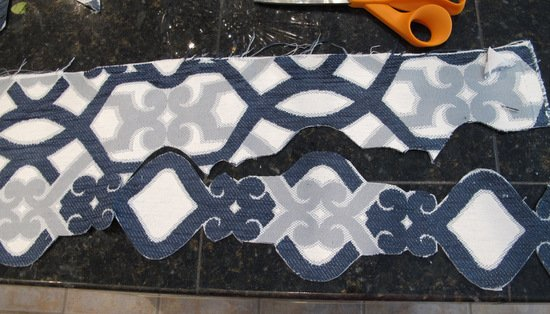 How to Create Appliques for Pillows Using Steam a Seam {The Creativity Exchange}
