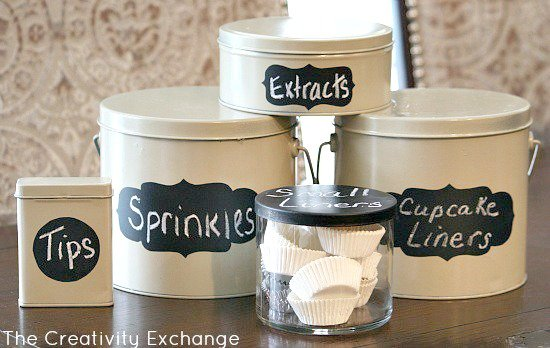 Spray-Chalkboard-Paint-on-Christmas-Tins-and-Candle-Lids-for-Storage-Containers-The-Creativity-Exchange1