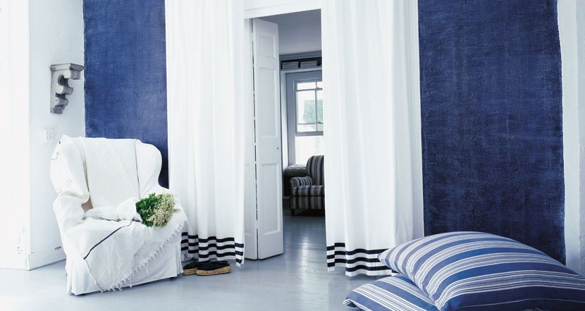 Favorite paint treatments for walls friday favorites for Blue jean paint color