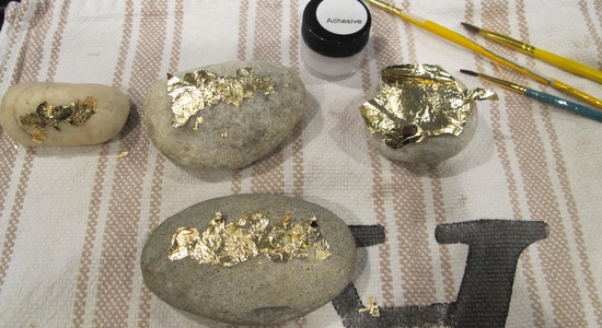 How to gold leaf inspirational words on garden rocks {The Creativity Exchange{