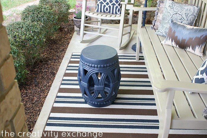 Garden table spray painted in Rustoleum Indigo Streamer {The Creativity Exchange}