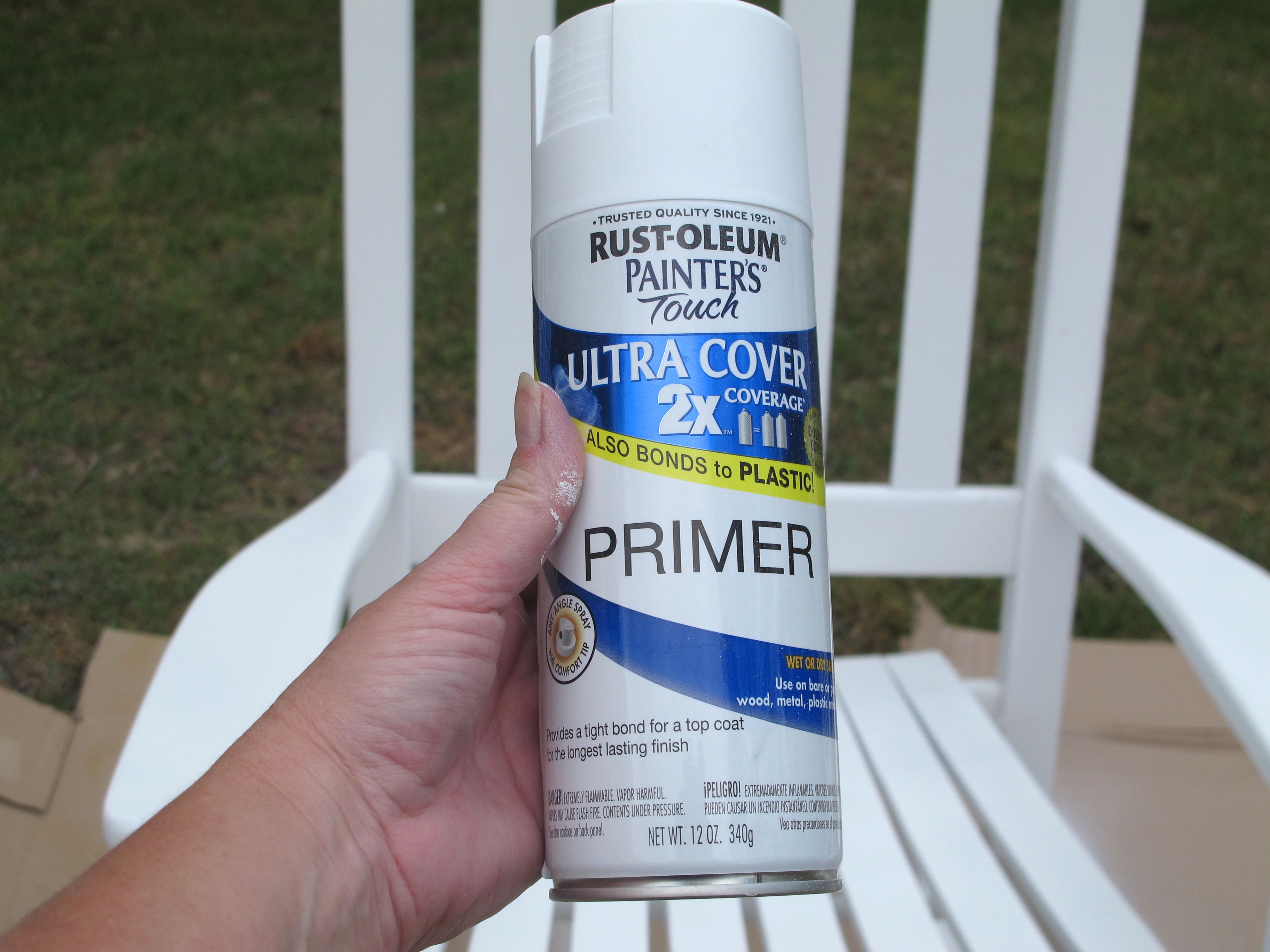 Rustoleum Spray Primer in White. Painting Outdoor Furniture and Accessories
