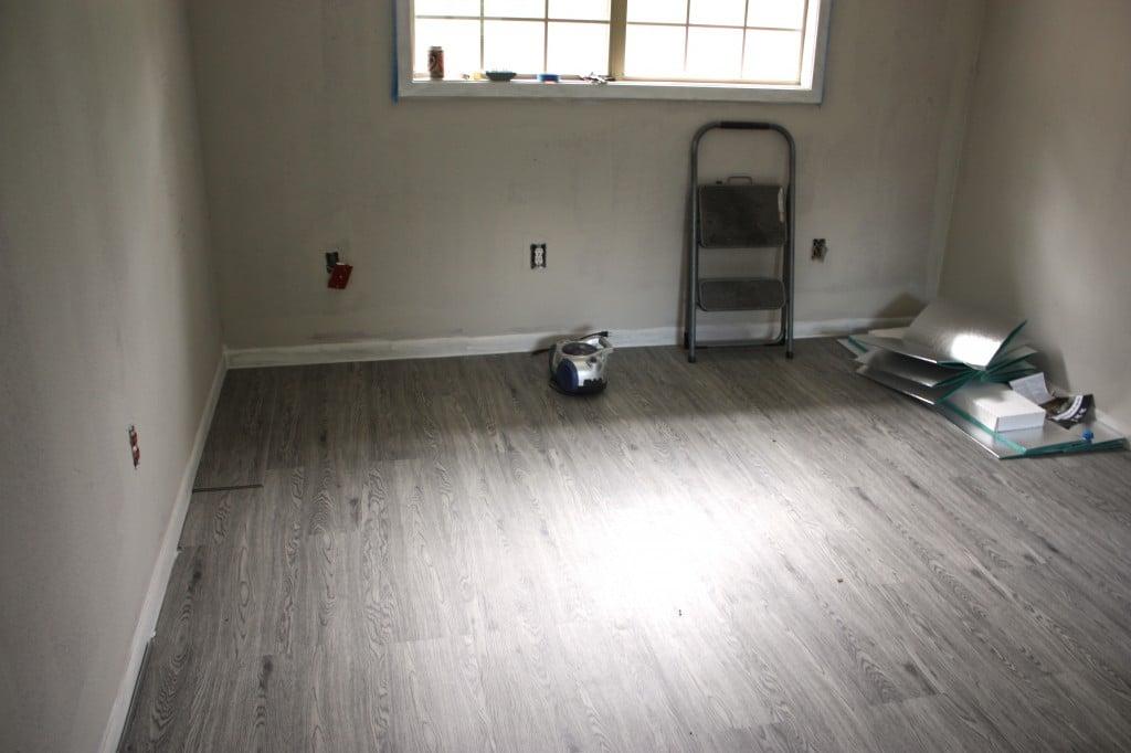 Vinyl plank floors (Century Oak) from BuildDirect {The Creativity Exchange}