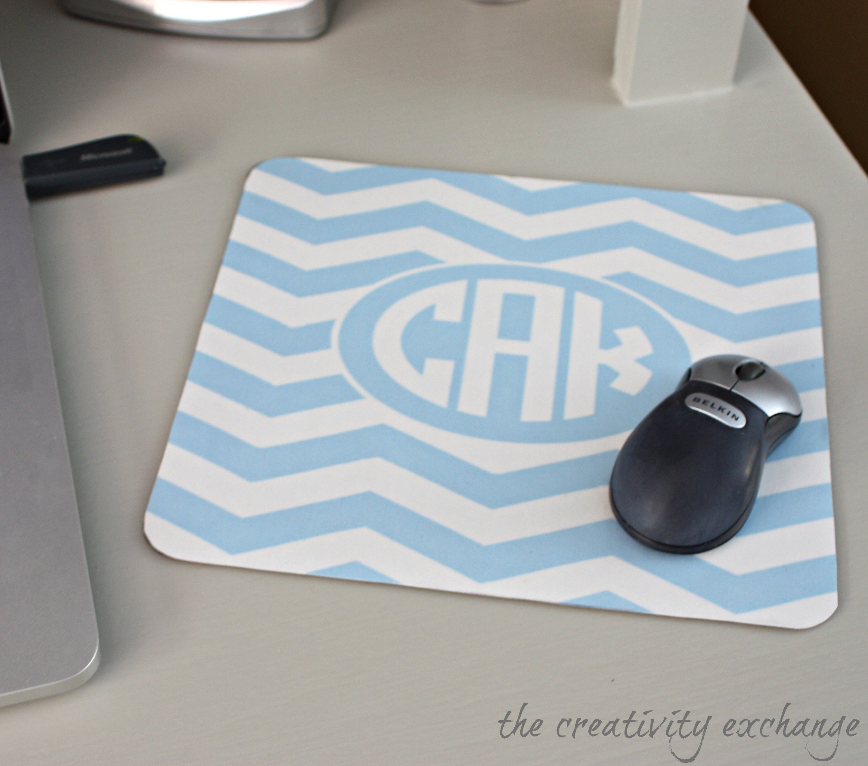 DIY Monogrammed Mousepad Using Free Monogram Printables…