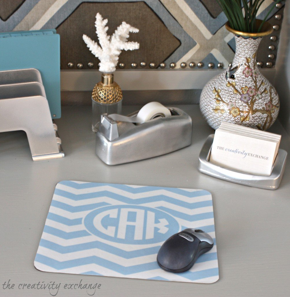 DIY monogrammed mousepad using free monogram printables (The Creativity Exchange)