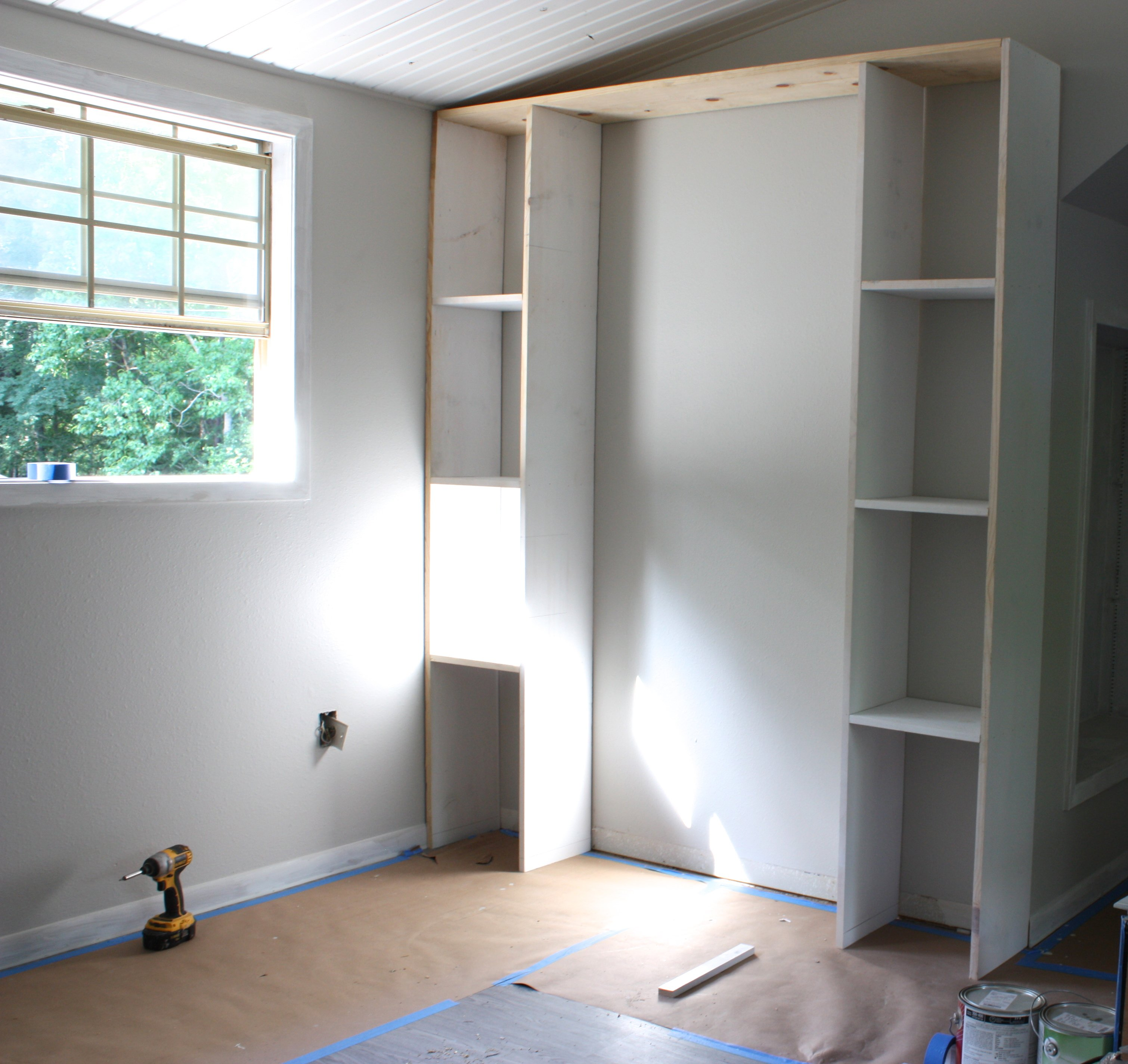 Built In Bookshelves: Create Built-In Shelving And Cabinets On A Tight Budget