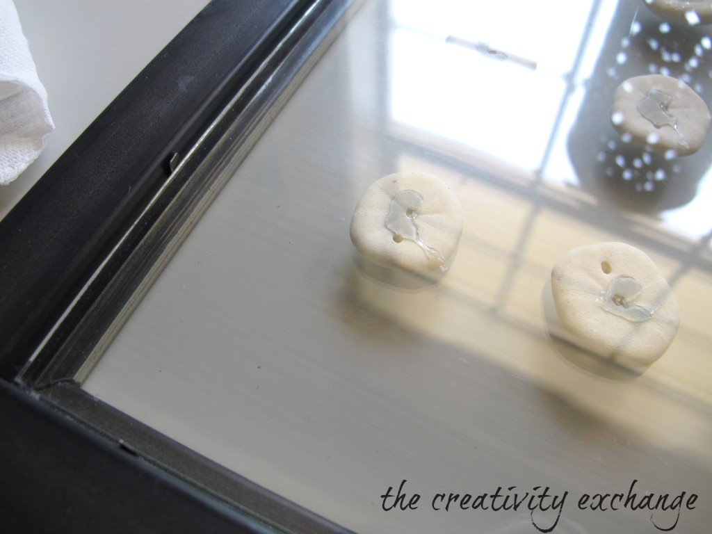 How to make double-side glass frames for framing shells and sea fans {The Creativity Exchange}