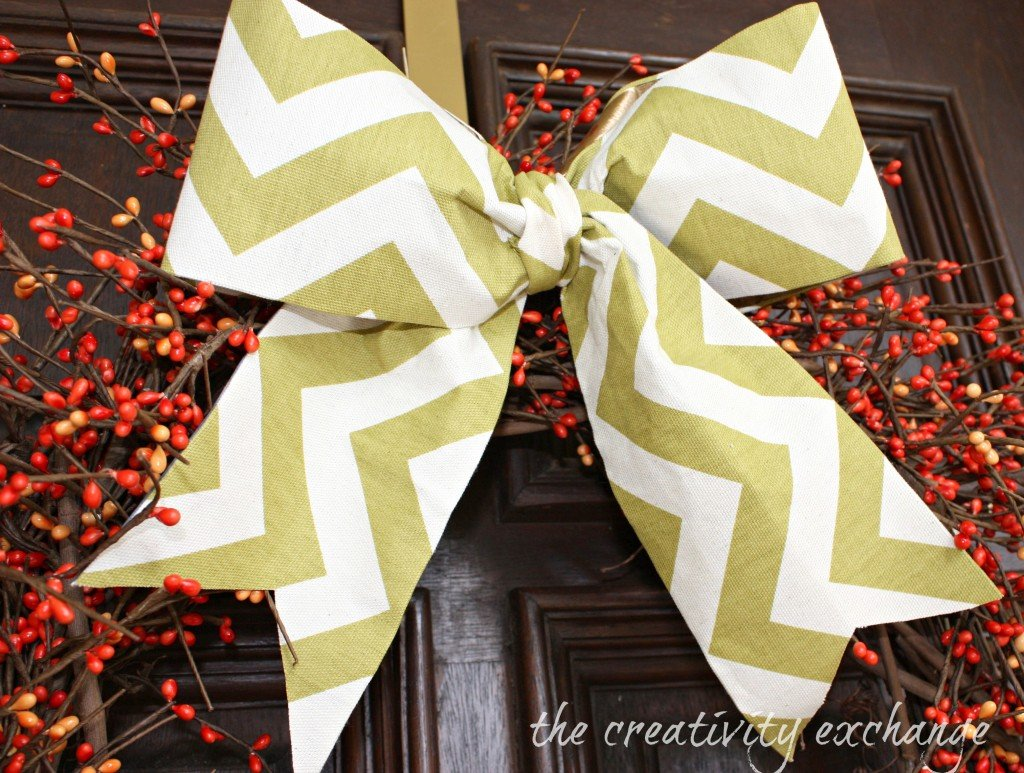 How to turn scrap fabric into gorgeous bows and ribbons in minutes with Blue Tape (no-sew) from The Creativity Exchange