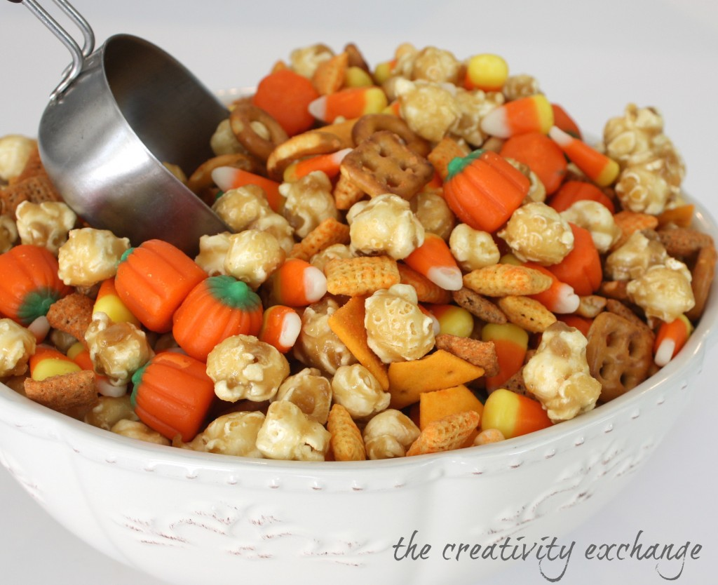 Sweet & Salty Fall Snack Mix {Caramel Corn, Cheddar Chex, Candy Corn}