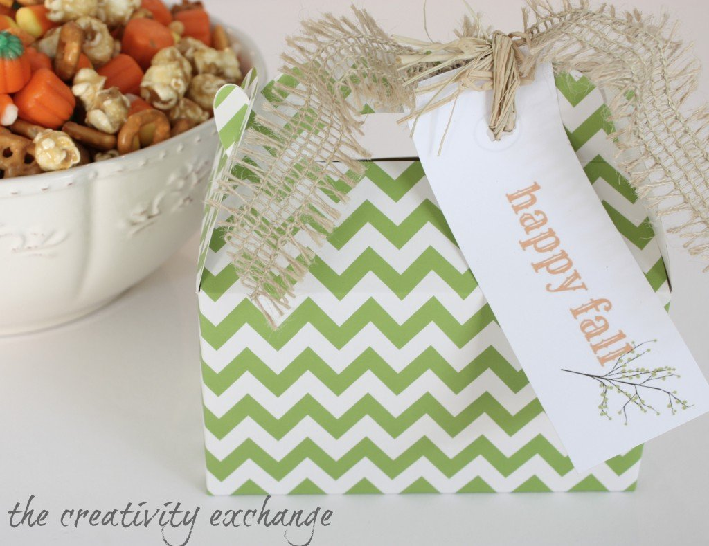 recipe for sweet and salty fall snack mix with free printable gift tag {The Creativity Exchange}