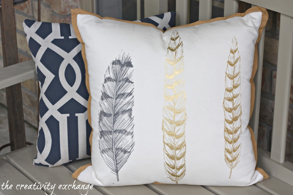 Fall front porch fluff {The Creativity Exchange}