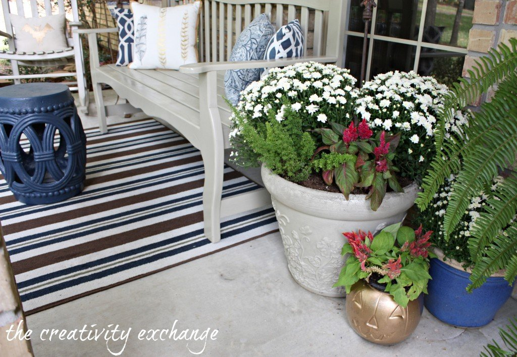 easy DIY ideas for front porch decorating {The Creativity Exchange}