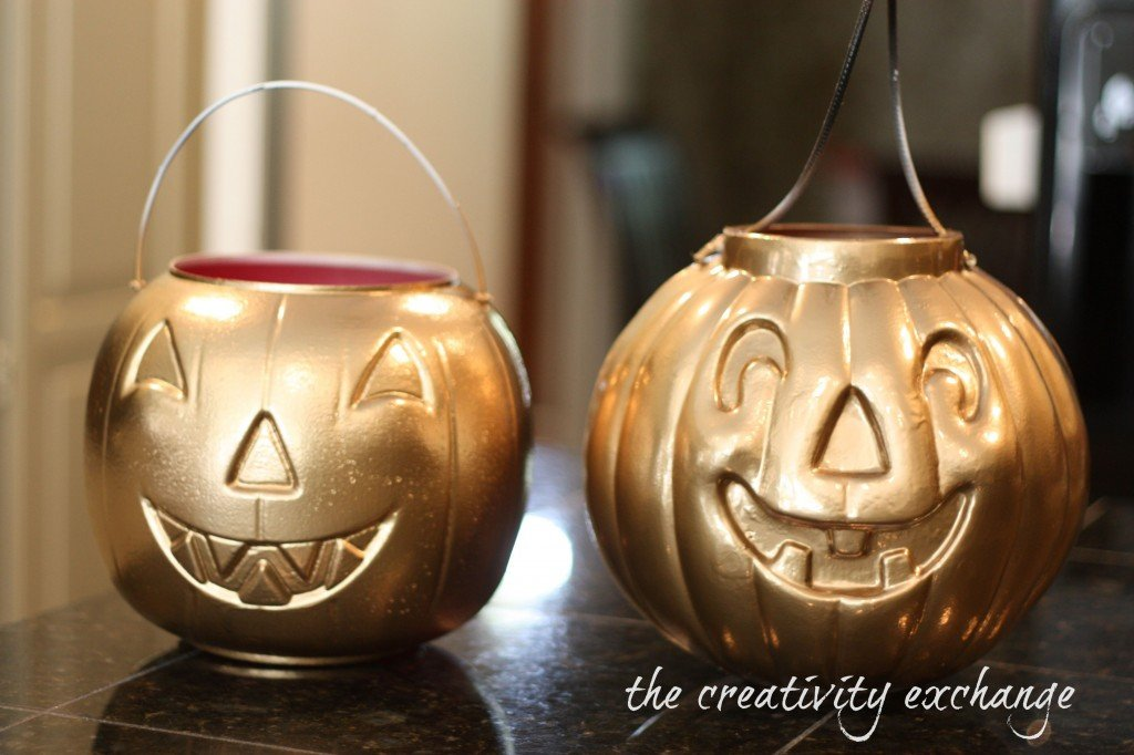 spray paint cheap pumpkin buckets in gold for planters, vases or fill with goodies for teacher gifts {The Creativity Exchange}