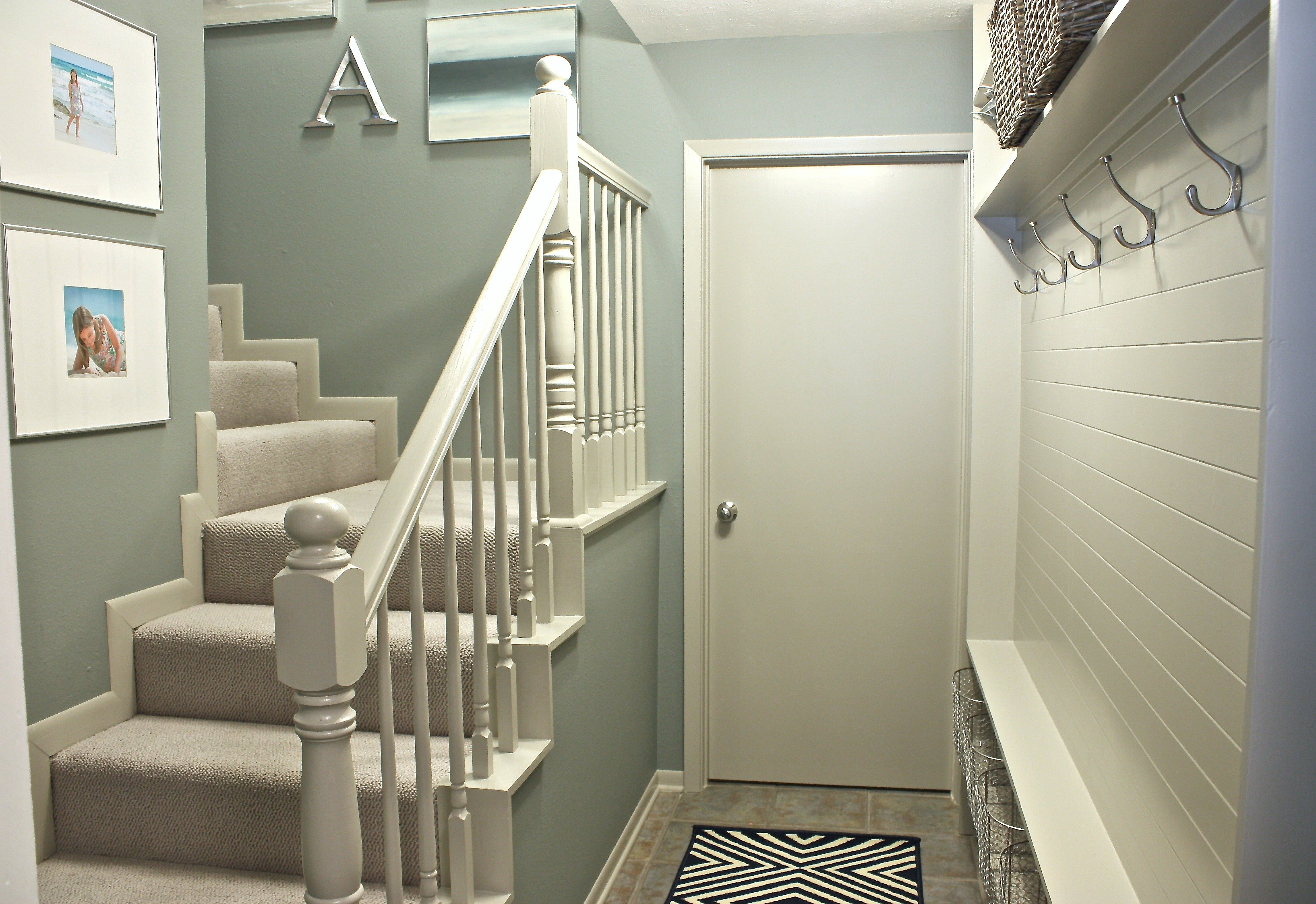 Narrow hallway built in diy mudroom for Hall design for small house