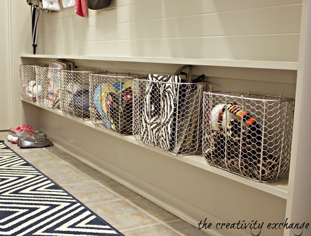 how to turn a narrow hallway into a mudroom wall {The Creativity Exchange}
