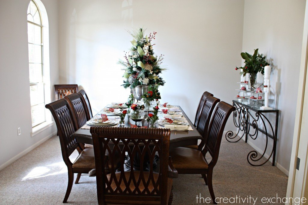 12 Days of Christmas Blogger Home Tours (Day 4) The Creativity Exchange