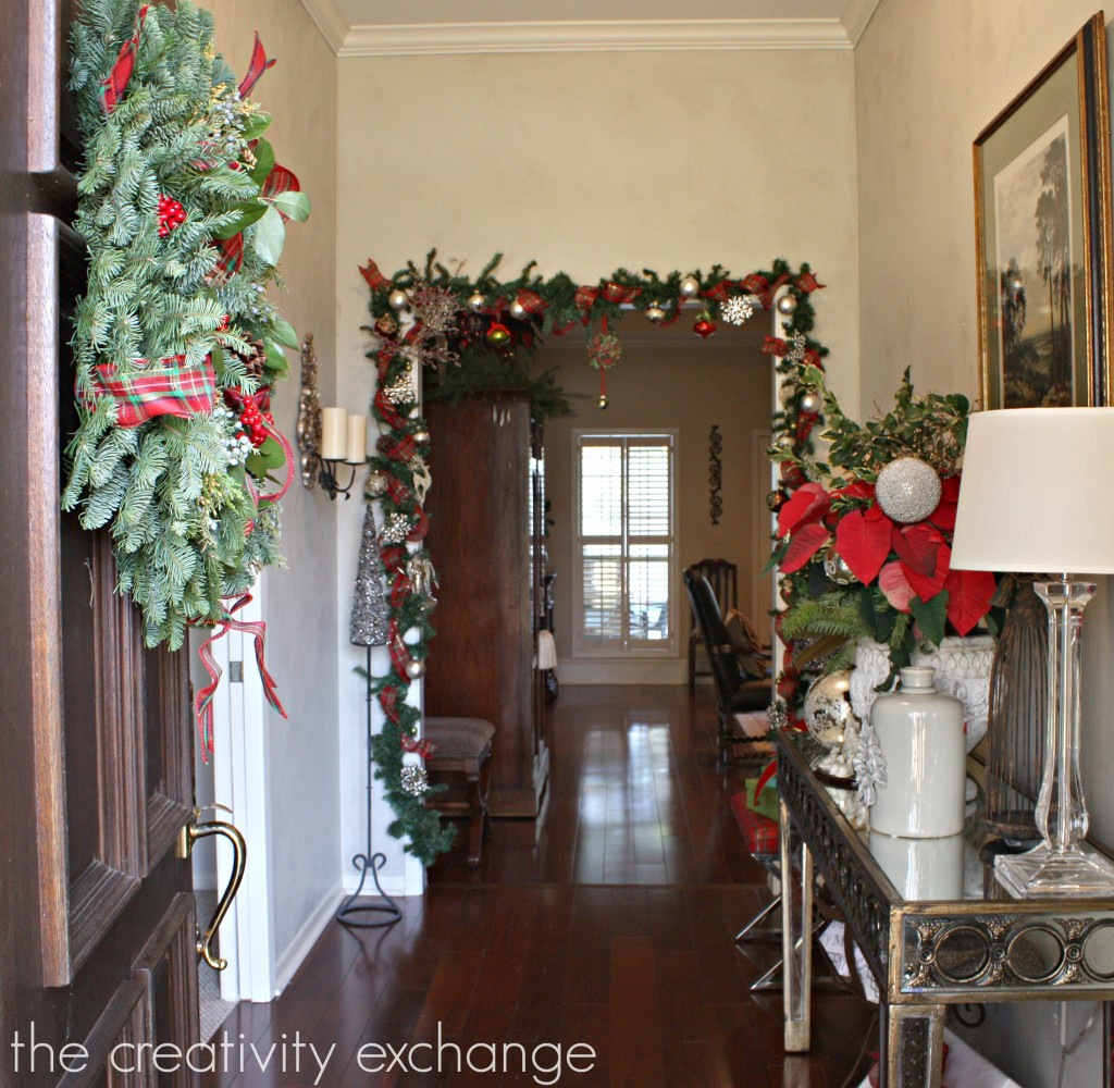 12 Days of Christmas blogger home tours {The Creativity Exchange} Day 4