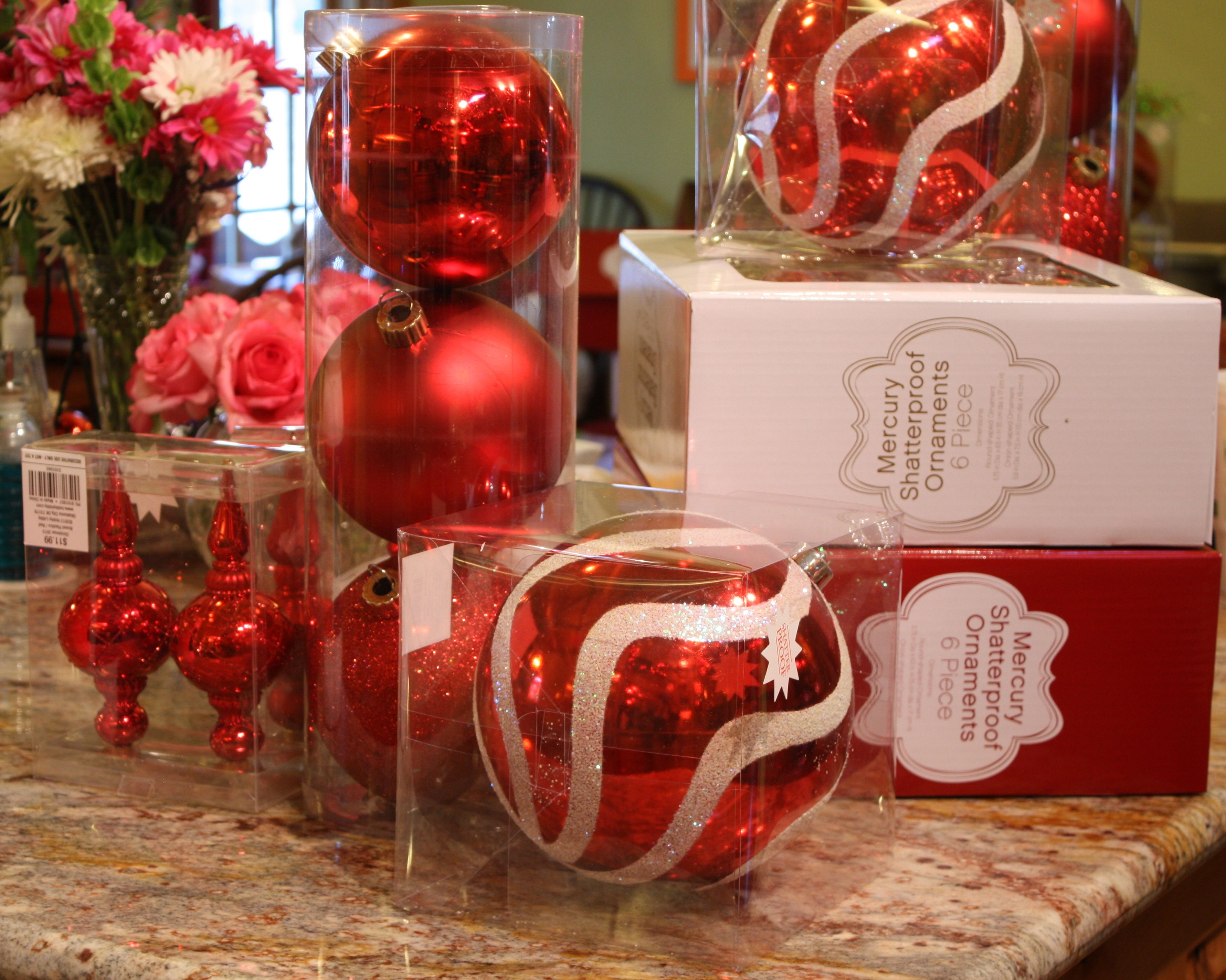 Large ornaments - Diy Ornament Topiaries The Creativity Exchange