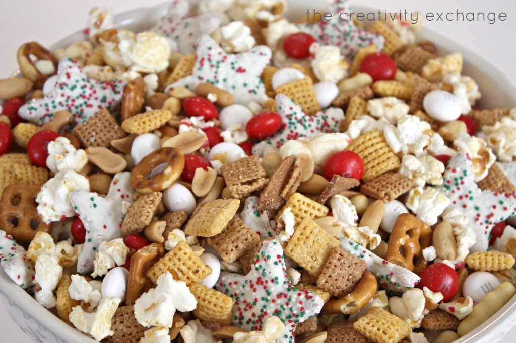 Sweet and salty Christmas snack mix. Great for giving as a gift in a biscuit jar. {The Creativity Exchange}