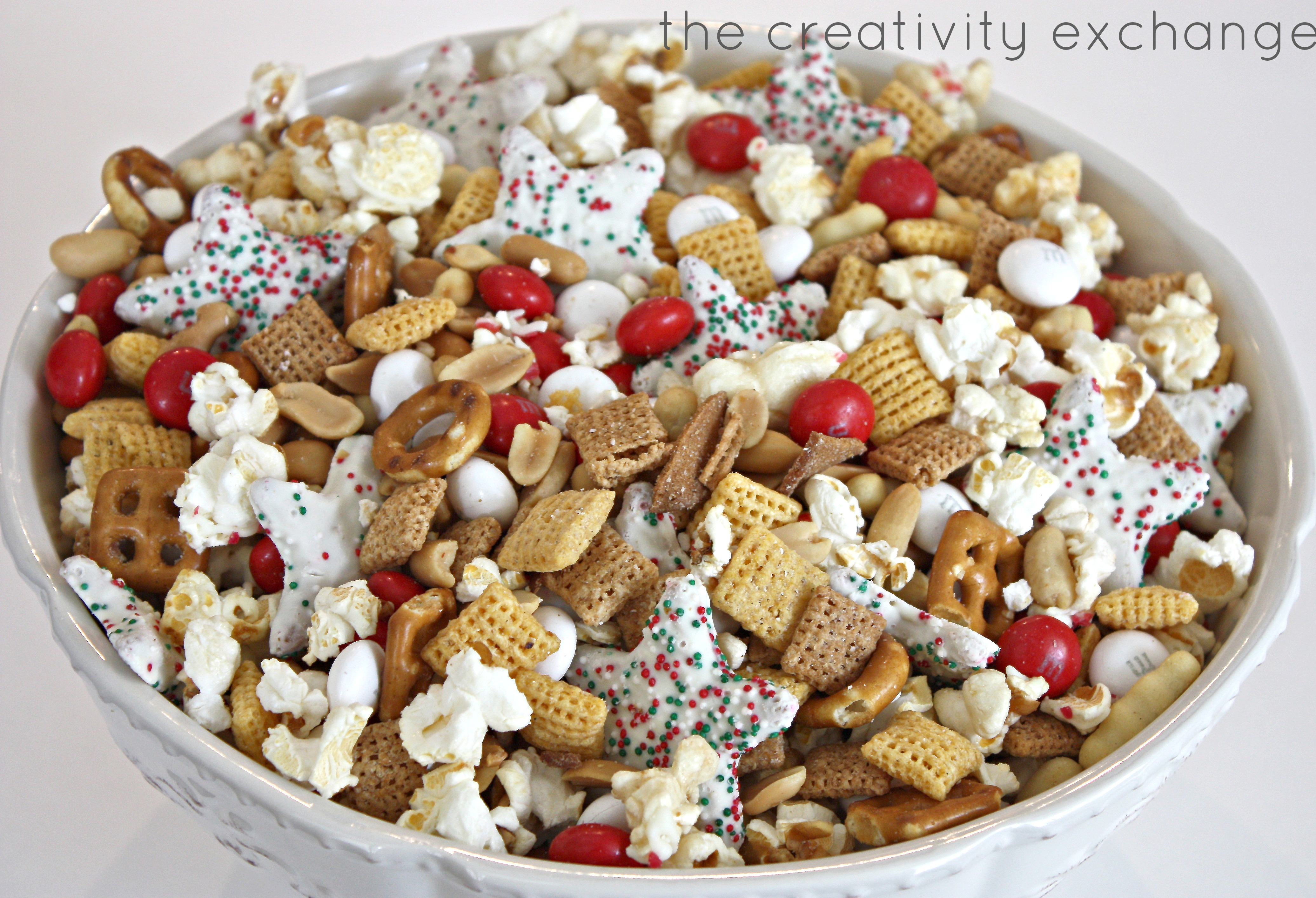 Christmas Snack Gift Ideas Part - 47: Sweet And Salty Christmas Snack Mix. Great Gift Idea To Fill A Crystal  Biscuit Jar