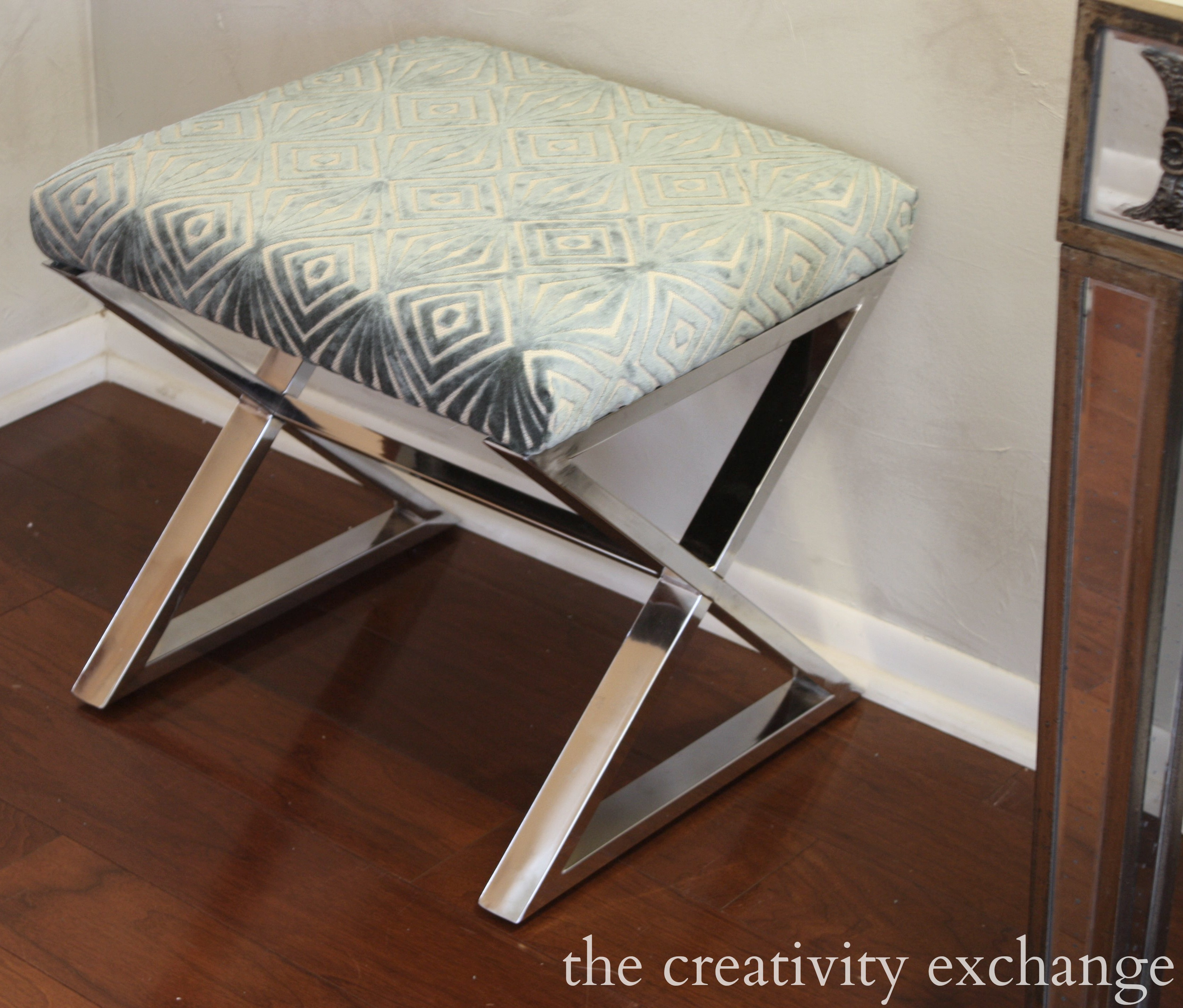 3 Shortcuts for Recovering Chairs and Benches RYOBI Airstrike