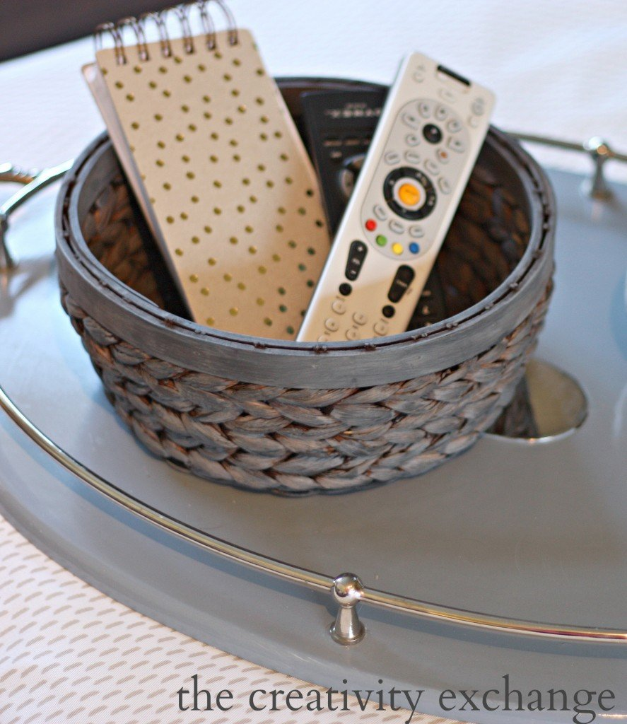 Recipe for gray stain/paint wash for revamping old ugly baskets. {The Creativity Exchange}
