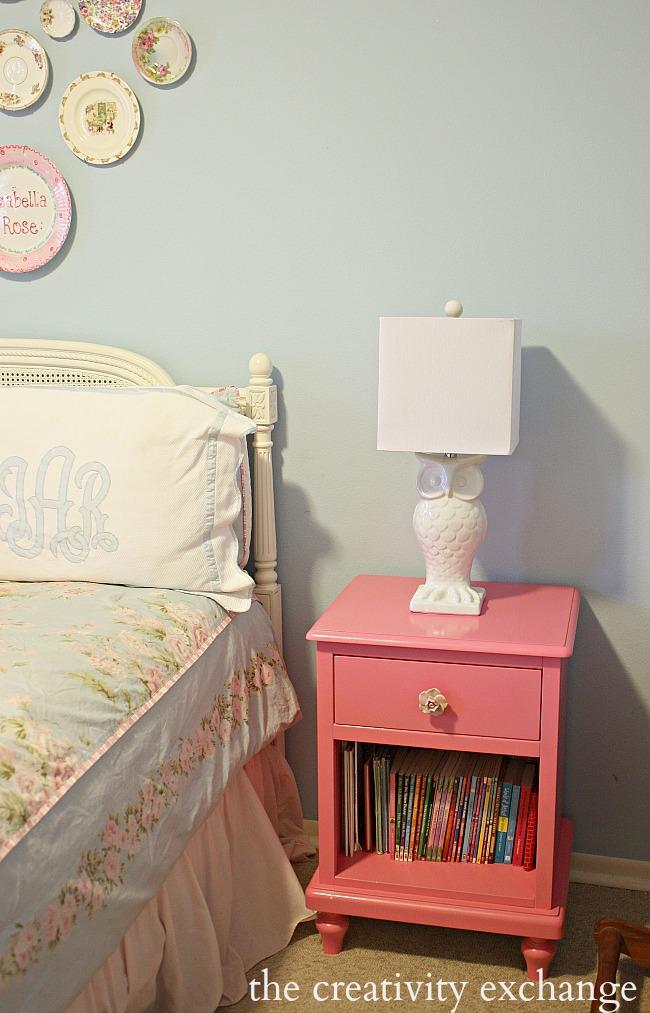 adorable white ceramic owl lamp from Kirkland's- The Creativity Exchange