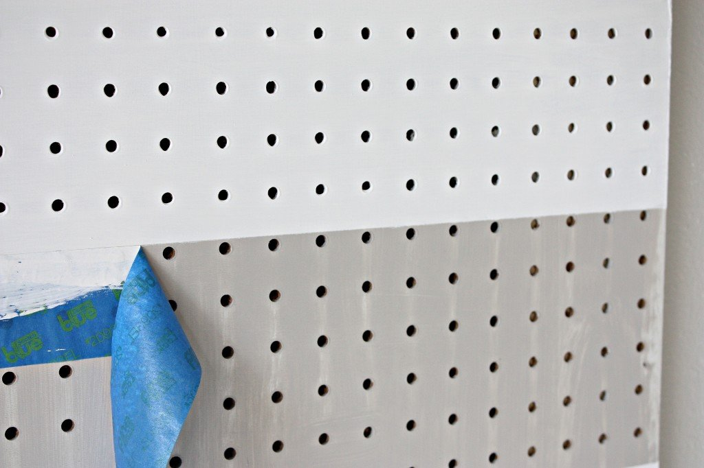 Always perfect clean paint lines with ScotchBlue Painter's Tape with Edge-Lock {The Creativity Exchange}