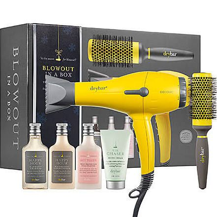 Blowout in a Box- Life changing hair dryer that tames frizzy hair {The Creativity Exchange}