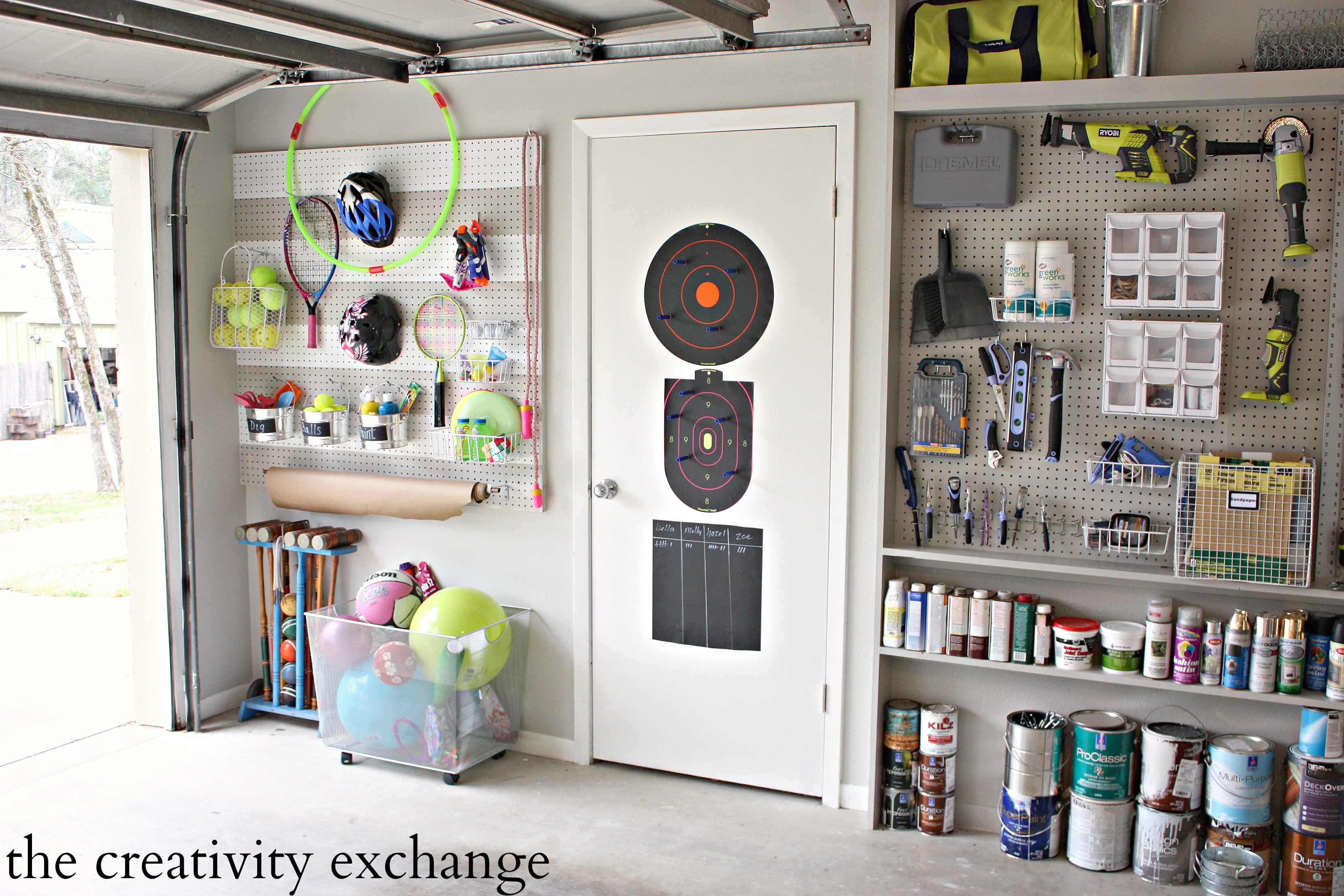Diy garage pegboard storage for outdoor toys for Garage ad biard