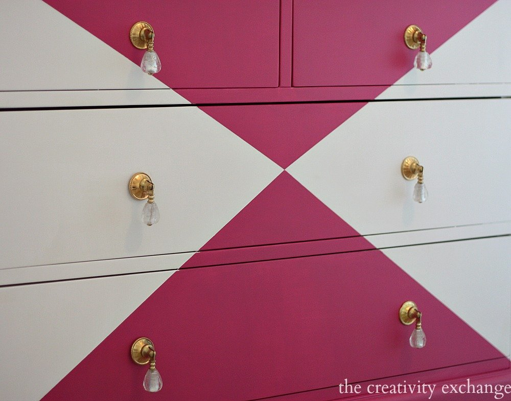 Tutorial for creatively painting patterns on furniture- Dresser painted with Velvet Finishes {The Creativity Exchange}