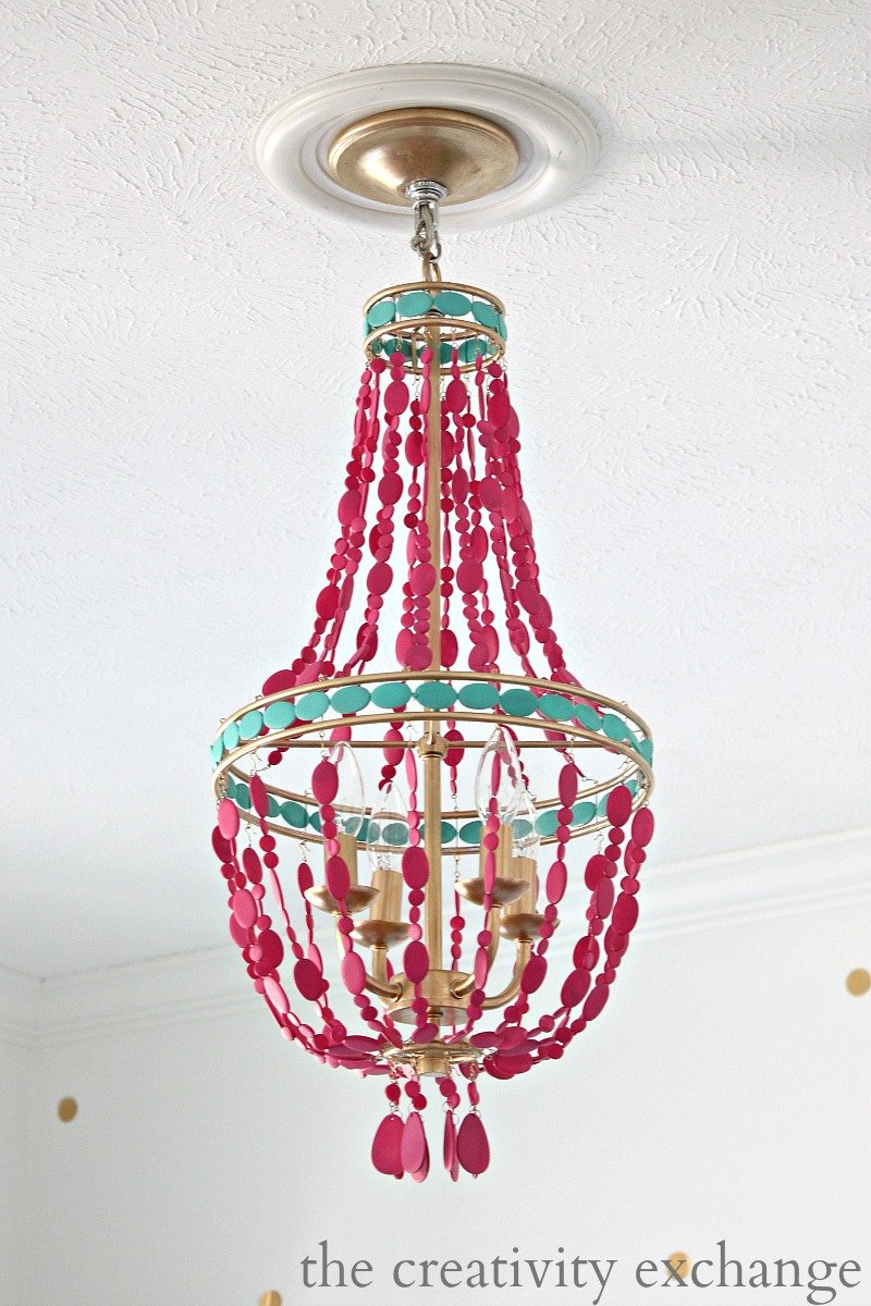 Tutorial for painting a Lowes $79.00 empire chandelier {The Creativity Exchange}