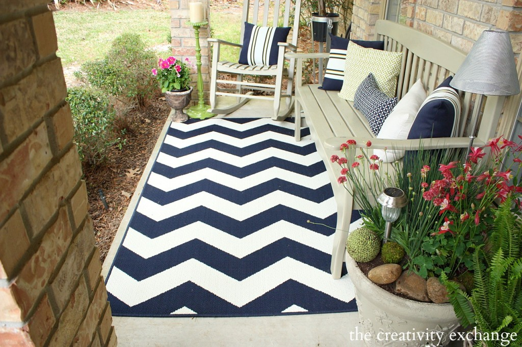 Navy chevron patio rug from Target.  Front porch revamp from The Creativity Exchange