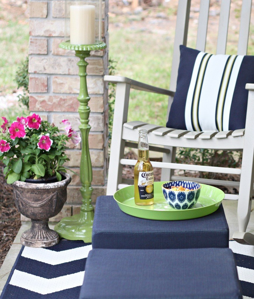 Tips for painting outdoor furniture, planters and accessories to last a long time. The Creativity Exchange