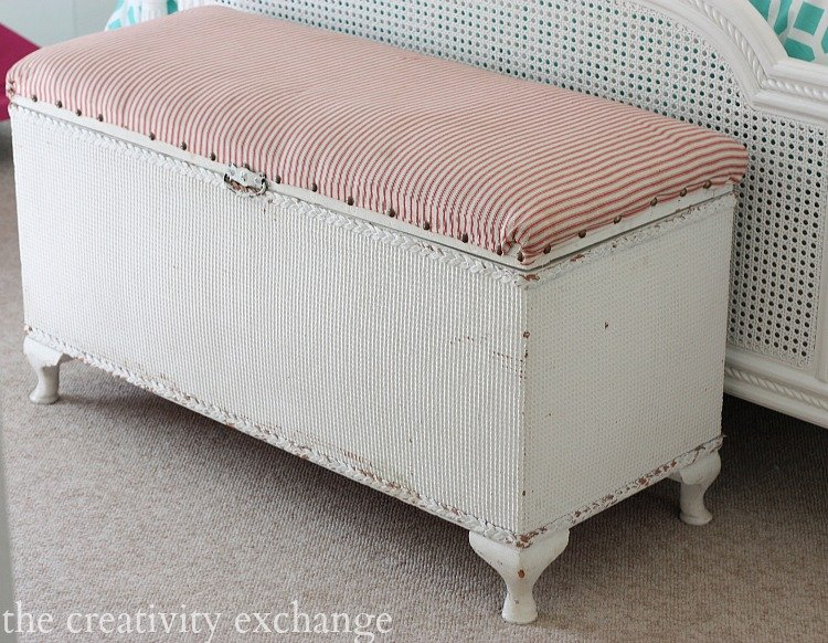 Tutorial for turning a basic storage bench into a chic upholstered piece.  The Creativity Exchange
