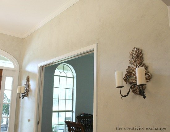 Faux plaster wall treatment. Tutorial. The Creativity Exchange