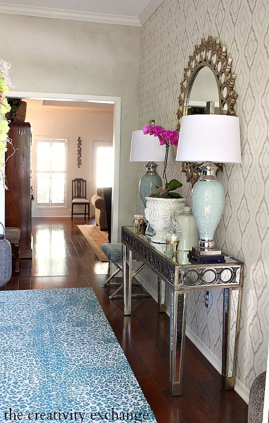 Tutorial for faux plaster wall treatment. The Creativity Exchange