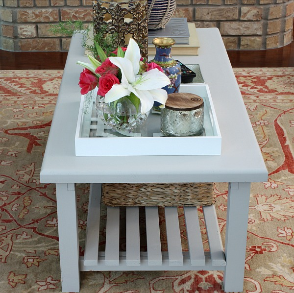 quick coffee table paint revamp- paint it monday