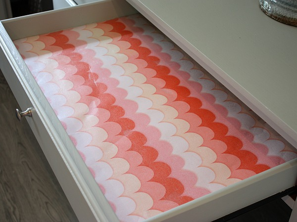 Easy Way To Turn Wring Paper And Fabric Into Pretty Duable Drawer Liners The