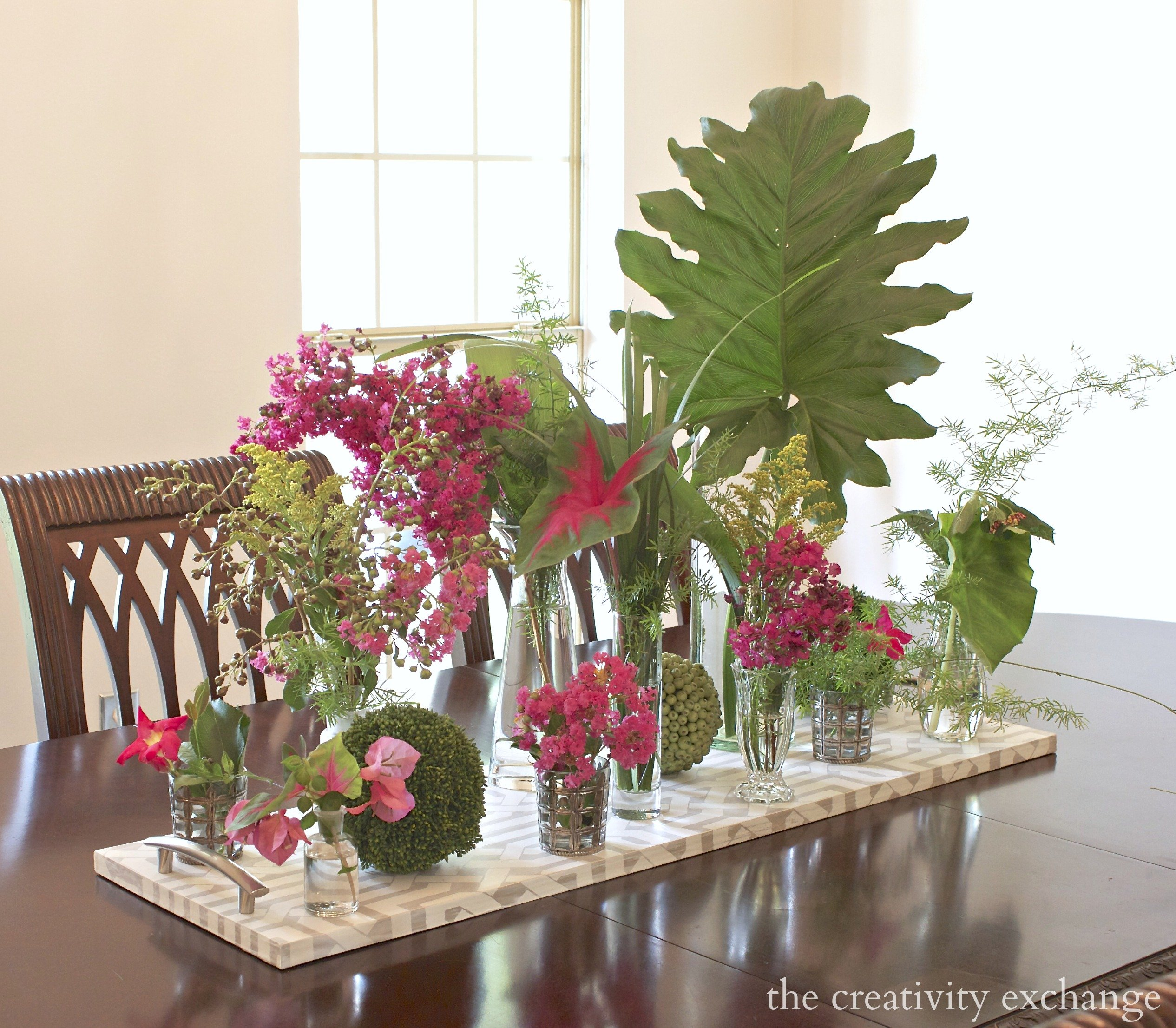 Turn Yard And Plant Clippings Into An Easy Summer Arrangement
